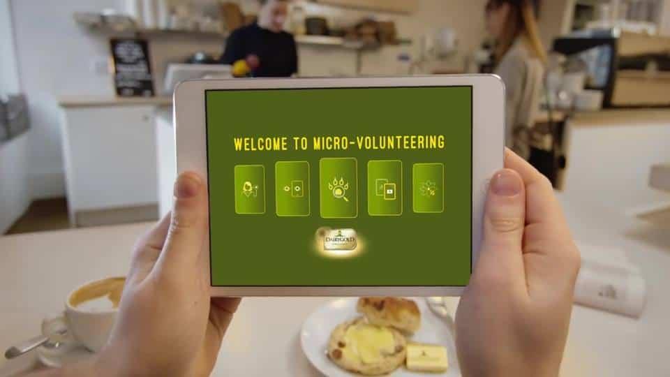 เปลี่ยนหนึ่งนาทีว่างๆให้มีค่ากับขนมปัง Dairy Gold ด้วย Micro-Volunteering