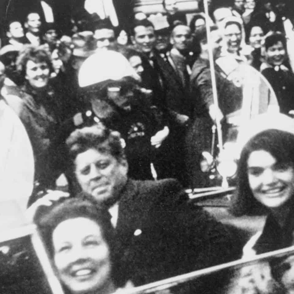นี่คือคลิปเสียงของ John F. Kennedy หลังจากถูกลอบยิงแล้ว