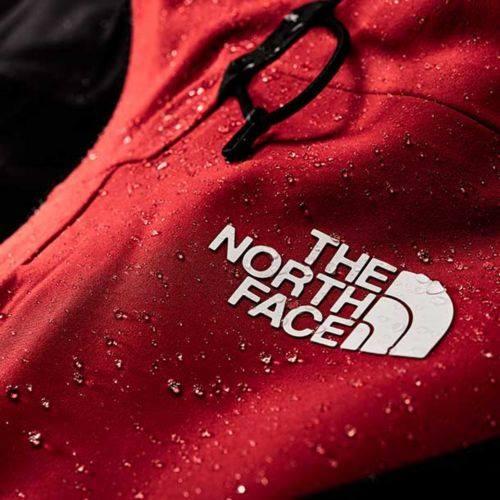 North Face กับไอเดียการโปรโมท Apex Flex GTX ผ่านสายฝน