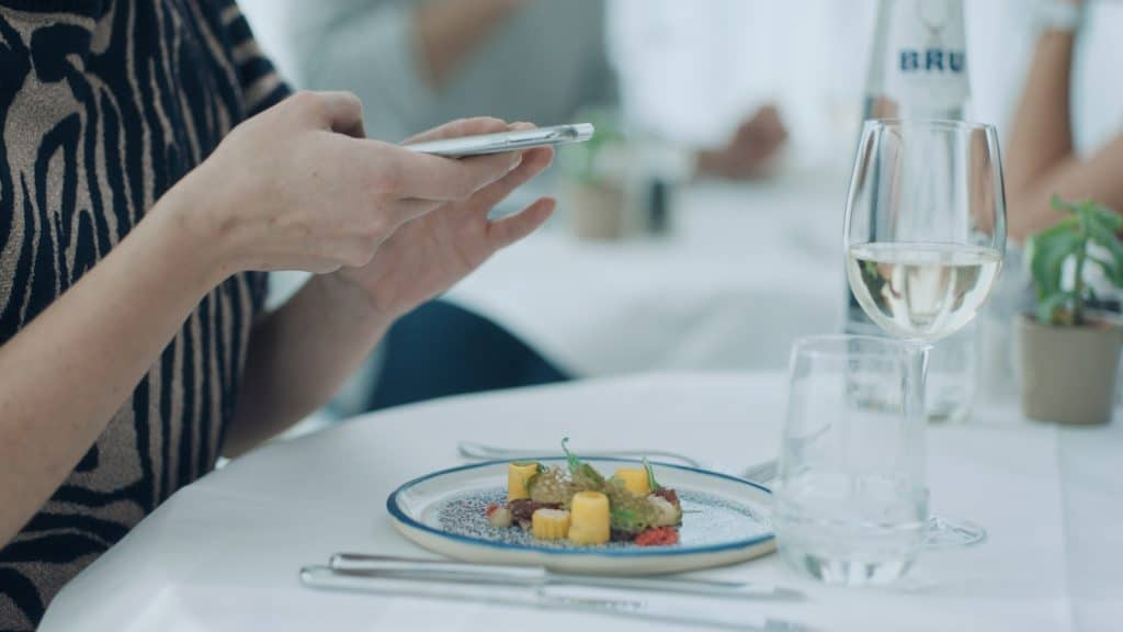 Bru Social Plates Digital Idea Disrupt Digital