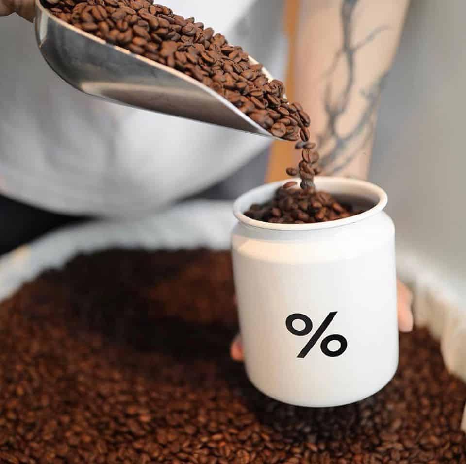 เมล็ดกาแฟของ % Arabica