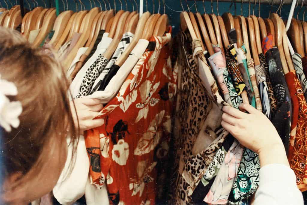 ธุรกิจเช่าเสื้อผ้า