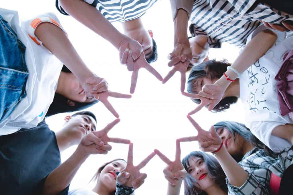 สรุป 5 Insights สำคัญของ GEN Z 2021 ที่เปลี่ยนไปเพราะ Social distancing จาก Facebook Report ที่นักการตลาดต้องรู้ถ้าอยากจับกลุ่มวัยรุ่นให้อยู่