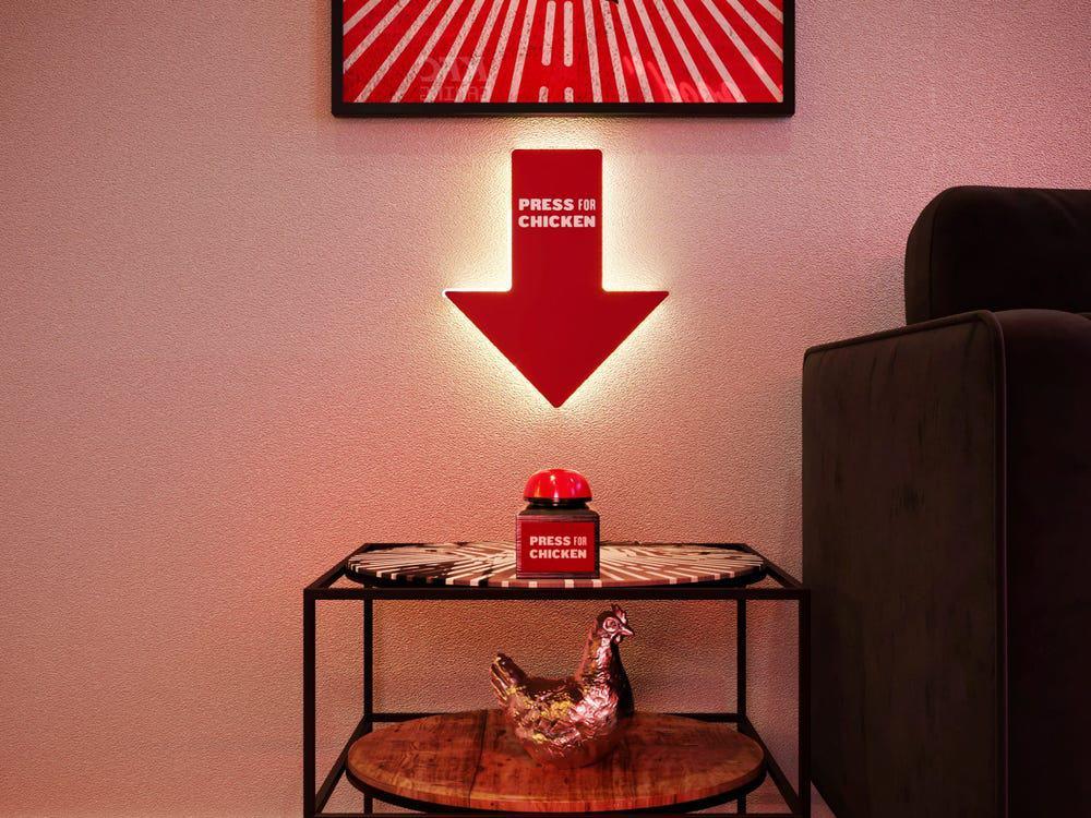 KFC เปิด Pop-up โรงแรม สั่งไก่ฟรีด้วยปุ่ม 'Press For Chicken'